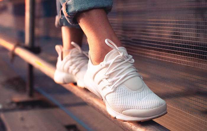 Should I Wear Socks with Sneakers?